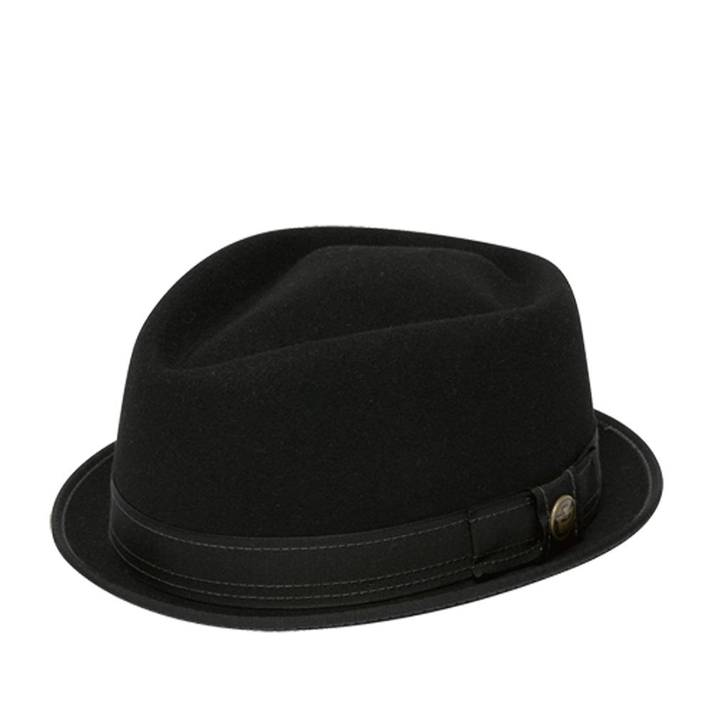 Шляпа хомбург GOORIN BROTHERSШляпы<br>Smitty - шикарная фетровая шляпа-поркпай высочайшего качества из коллекции HERITAGE имеет уникальный классический фасон и узкие загнутые вверх поля. Создана вручную на старейшем в Америке производстве. Края отделаны тем же материалом, из которого сшита и лента вокруг тульи, приправленная фирменным значком Goorin. Дорогие материалы и элегантные детали делают эту шляпу произведением искусства. По духу Smitty подходит бунтовщикам – загадочным, непредсказуемым и опасным.