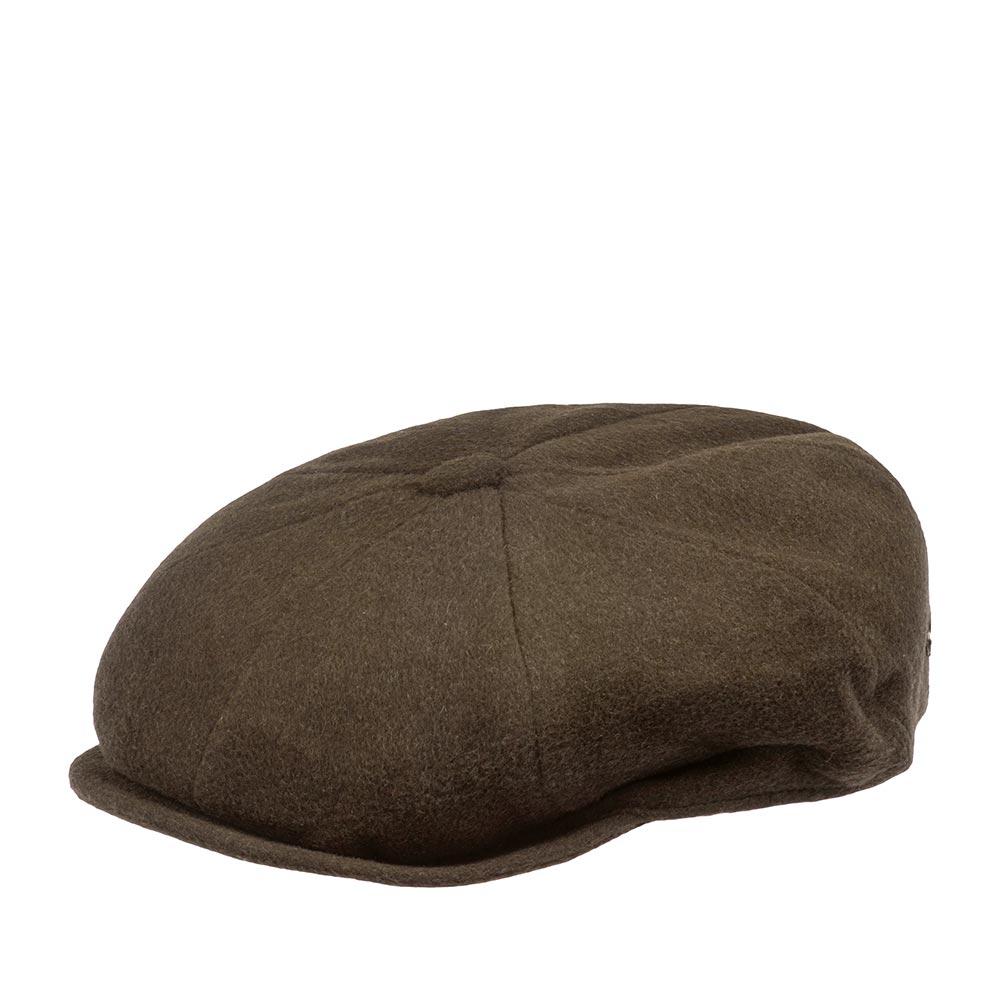 Кепка восьмиклинка BAILEYКепки<br>Galvin – классическая кепка восьмиклинка коричневого цвета, сшитая из мягкого фетра. Украшена пуговкой на макушке и металлическим значком Bailey сбоку. Внутри имеет шёлковую подкладку, а по окружности вшита специальная лента для комфортной посадки на голову. Неизменный атрибут стиля и достоинства, кепку серии GALVIN отличает утончённая грация линий, непревзойдённое качество пошива на лучших Итальянских фабриках и высокая функциональность в любую погоду. Носите с удовольствием!