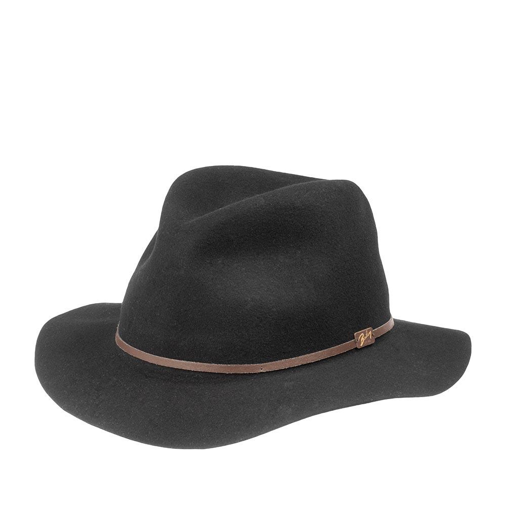 Шляпа федора BAILEYШляпы<br>Jackman - элегантная супер лёгкая шляпа глубокого чёрного цвета, весящая всего 110 грамм, выполненная из фетра самого высокого качества для удовлетворения желаний современного путешественника. Эта модель имеет свободную форму и легко складывается трубочкой, чтобы уместиться в вашем кармане или дорожной сумке. При этом она совершенно не теряет своих свойств и отлично держит форму, когда вы расправите её в следующий раз. Чем чаще вы носите и трогаете вашу шляпу, тем лучше она становится, раз за разом приобретая свой индивидуальный характер. Обрезка полей и тонкая кожаная лента вокруг тульи поддерживают её лёгкий и независимый стиль. Отлично подойдёт к любому гардеробу и будет уместна в любой обстановке. В комплекте к ней идёт небольшой мешочек с завязками, в который можно поместить свёрнутую шляпу. Сделана в США.