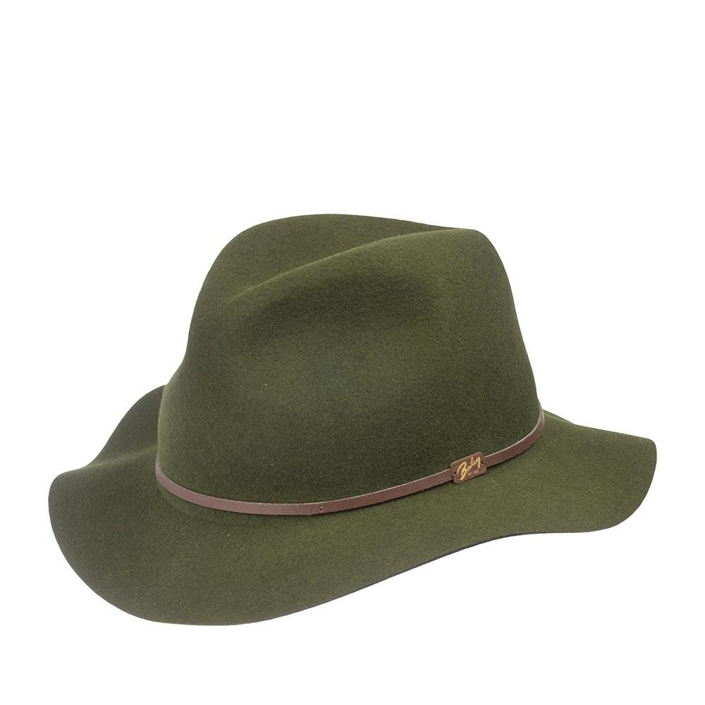 Шляпа федора BAILEYШляпы<br>Jackman - элегантная супер лёгкая шляпа приглушённого зелёного цвета, весящая всего 110 грамм, выполненная из фетра самого высокого качества для удовлетворения желаний современного путешественника. Эта модель имеет свободную форму и легко складывается трубочкой, чтобы уместиться в вашем кармане или дорожной сумке. При этом она совершенно не теряет своих свойств и отлично держит форму, когда вы расправите её в следующий раз. Чем чаще вы носите и трогаете вашу шляпу, тем лучше она становится, раз за разом приобретая свой индивидуальный характер. Обрезка полей и тонкая кожаная лента вокруг тульи поддерживают её лёгкий и независимый стиль. Отлично подойдёт к любому гардеробу и будет уместна в любой обстановке. В комплекте к ней идёт небольшой мешочек с завязками, в который можно поместить свёрнутую шляпу. Сделана в США.
