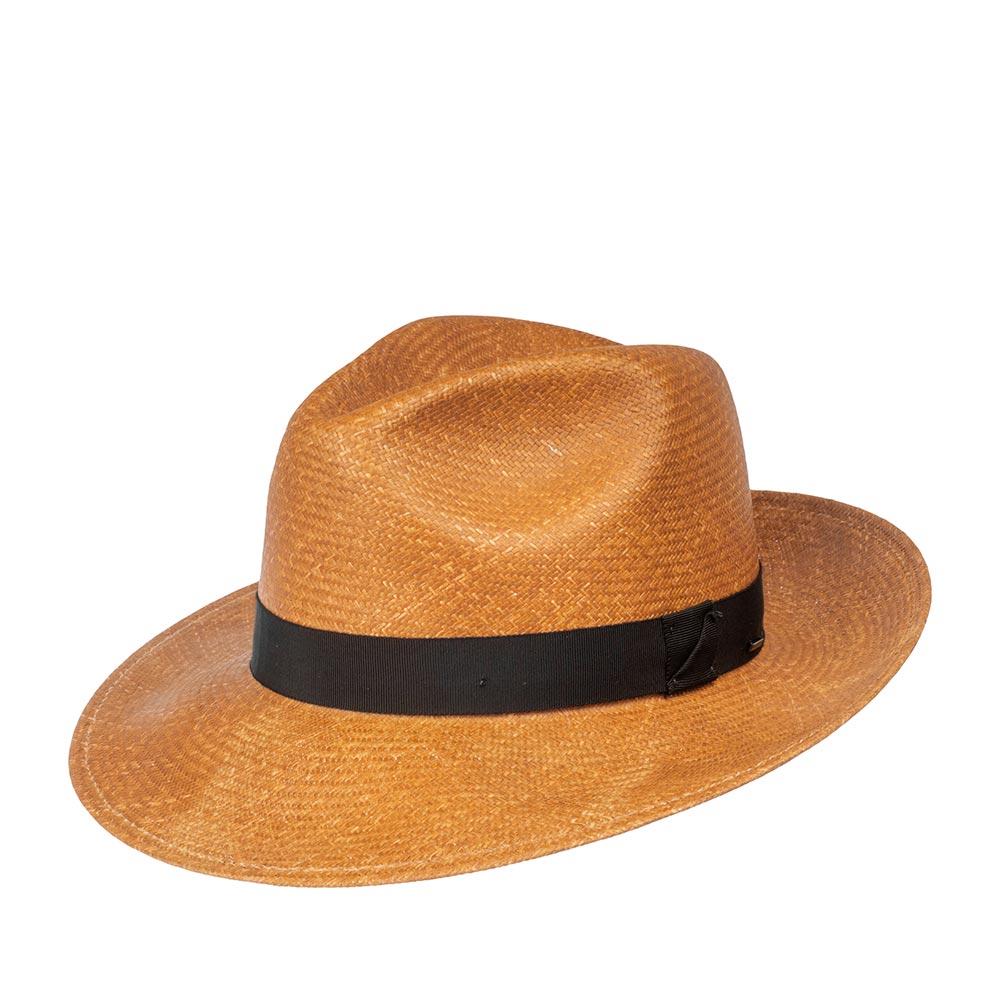 Шляпа федора BAILEYШляпы<br>Blackburn - летняя шантунговая федора от Bailey. Модель изготовлена в США по специальной технологии LiteStraw, которая делает шляпу прочной, гибкой и водоотталкивающей. При попадании влаги на шляпу специальная пропитка абсорбирует её, не давая соприкасаться с кожей, а при снятии головного убора - быстро её испаряет. Модель практически не ощущается на голове. Классическая форма федоры подойдёт под каждый гардероб и сядет на любую форму лица, а тёплый, коричневый цвет шляпы подчеркнёт летнюю лёгкость образа. Материал головного убора пластичен, хорошо садится на голову. Поля можно полностью поднять наверх, классически отогнуть переднее поле вниз, либо полностью опустить поля, это обеспечит защиту глаз от солнца в жаркие летние дни. Тулья модели украшена лаконичной лентой контрастного чёрного цвета с перетяжкой, на которой, в виде скобки, прикреплён логотип бренда Bailey. Внутри пришита мягкая лента для комфортной посадки на голову. Высота тульи в видимой части - 12,5 см, ширина полей - 7,4 см.