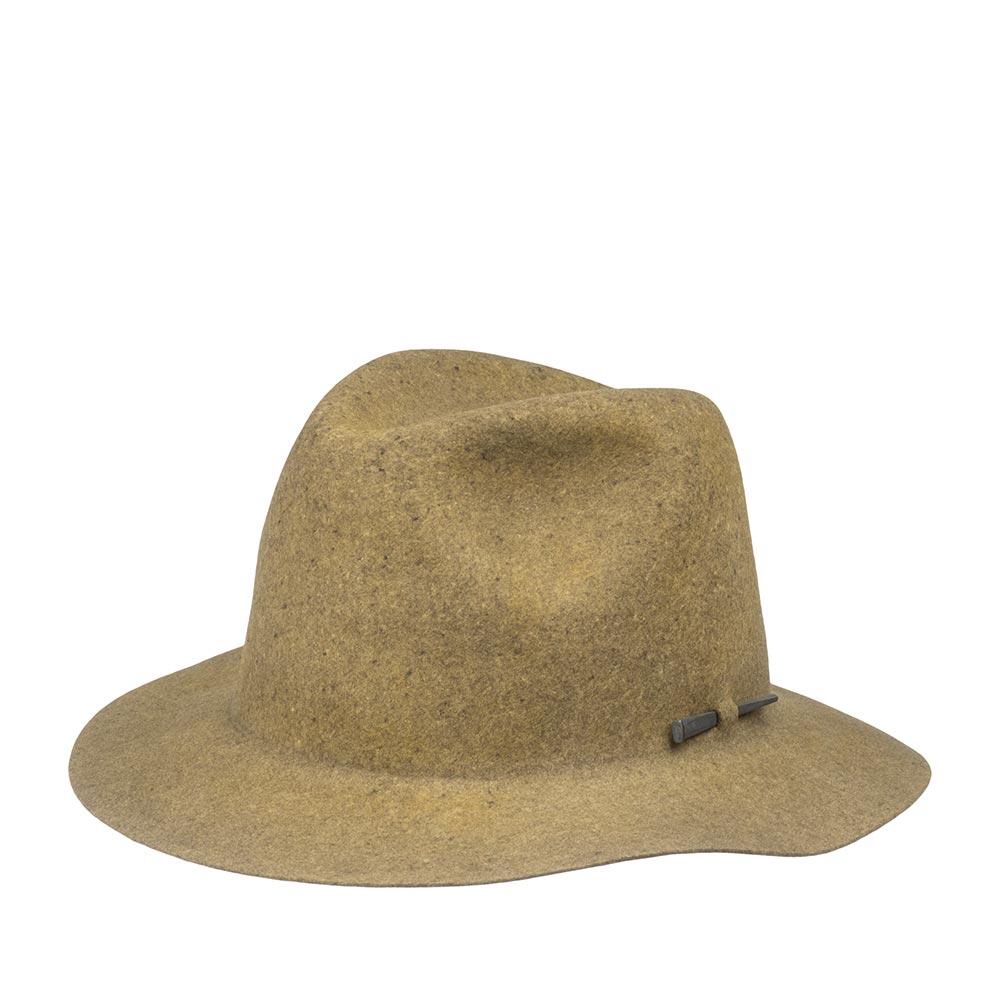 Шляпа федора BAILEYШляпы<br>Atmore - уникальная федора для стильного образа! Сделана в США из 100% шерсти, с применением уникальной технологии Lite Felt - это революционная пропитка, которая добавляет материалу водоотталкивающие свойства и способность дольше сохранять и быстро восстанавливать форму. Эта шляпа просто создана для путешествий и частого ношения, её удобно брать с собой, она прекрасно подходит для лёгкой упаковки, так что Вы смело можете перевозить её в багаже без применения отдельных громоздких коробок. Вам понравится Atmore с первой секунды, как Вы наденете эту шляпу на голову. Особенный, аутентичный дизайн головного убора подойдёт к casual одежде, к любым спокойным и пастельным тонам в образе. Модель украшена своеобразным металлическим quot;гвоздёмquot; сбоку шляпы. Внутри шляпы пришита лента, для удобной посадки на голову. Высота тульи: 12 см в видимой части, ширина полей - 5,7 см.