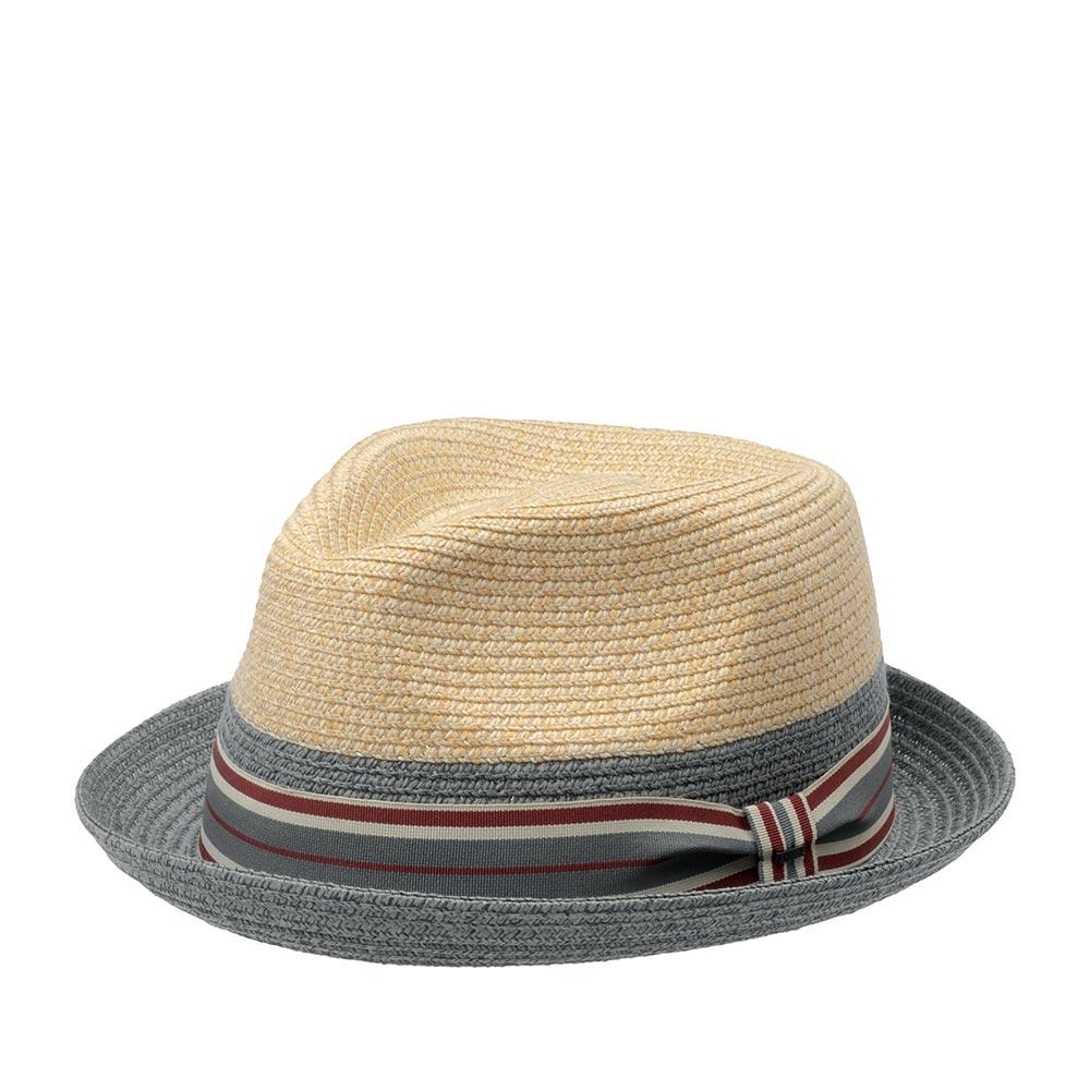 Шляпа хомбург BAILEYШляпы<br>ROKIT - летняя шляпа хомбург от BAILEY, изготовленная из бумаги с добавлением синтетических нитей, что придаёт особую прочность и формоустойчивость головному убору. Шляпы из бумаги очень лёгкие, вентилируемые. Практичный ROKIT прекрасно впишется в любой гардероб, и станет любимым аксессуаром для летнего отдыха. Тулья украшена полосатой лента с логотипом BAILEY. Внутри по окружности пришита мягкая многослойная хлопковая лента для комфортной посадки по голове. Высота тульи - 9 см, ширина полей - 4 см.