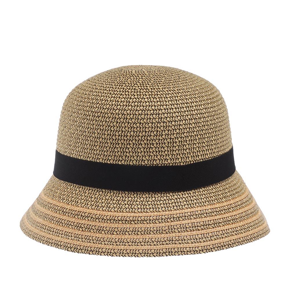 Шляпа клош BETMARШляпы<br>Лёгкая плетёная шляпа клош, украшенная классической черной лентой с бантиком. Чудесный летний аксессуар для придания свежести и немного загадочности вашему образу. Хорошо сочетается с платьем.
