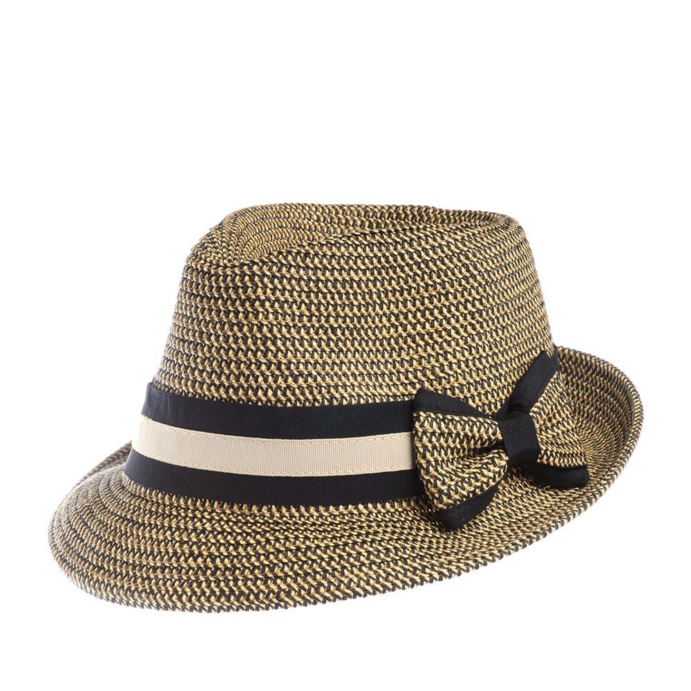 Шляпа трилби BETMARШляпы<br>Невероятно женственная шляпа трилби с короткими полями, которые можно как опускать вниз, так и вздёргивать вверх в зависимости от вашего настроения и гардероба. Шляпа украшена лентой с контрастными черно-белыми полосками и небольшим бантом.