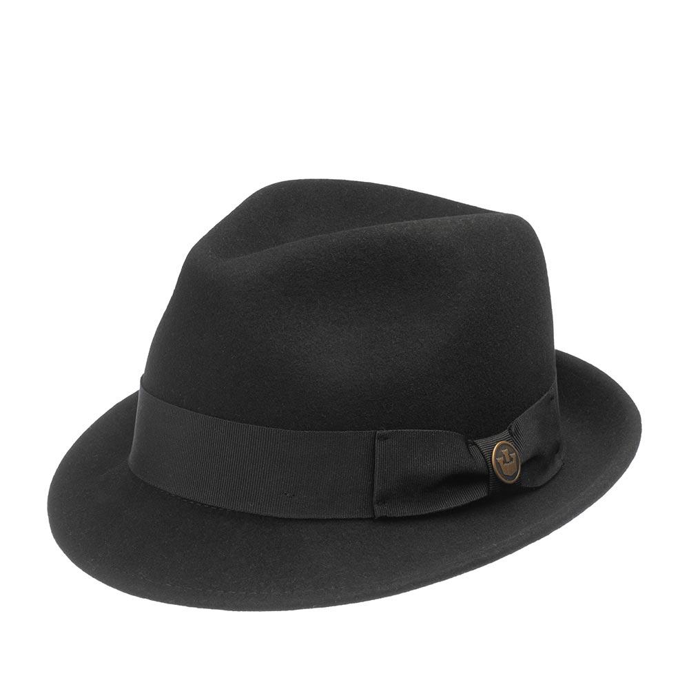 Шляпа хомбург GOORIN BROTHERSШляпы<br>Good Boy – фетровая шляпа хомбург на любой сезон. Приправлена лентой в тон. Сбоку украшена бантом и фирменным значком Goorin. Поля шириной 4,5 см завернуты наверх. Высота тульи 12 см. Внутри по окружности вшита лента гро-гро для комфортной посадки и подкладка из шелковистой ткани в клетку. Модель выполнена в разных расцветках, так что можете собрать целую коллекцию!