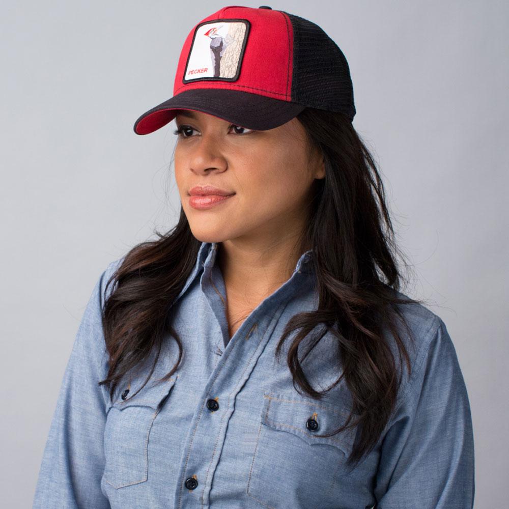 набережная все фото обычных женских лиц в бейсболках доиндустриальную эпоху